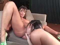 Lesbo cutie fingering and licking